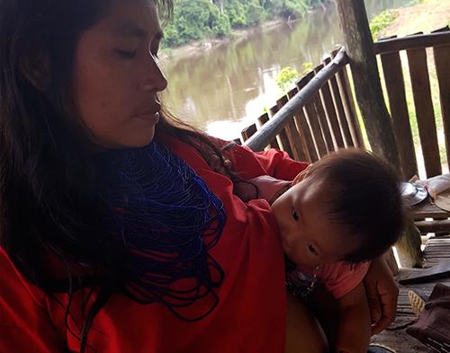 Salud materno-infantil y seguridad alimentaria entre los indígenas Urarinas en el Río Chambira, Perú